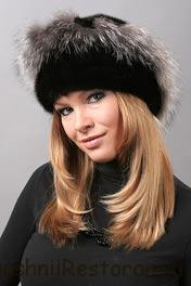 Женский гардероб: выбираем головной убор