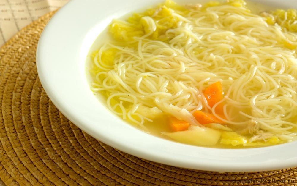 Суп картофельный с домашней лапшой