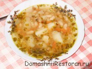 Суп картофельный с бобовыми