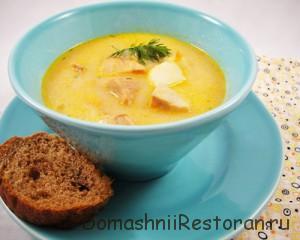 Суп с красной рыбой и сливками