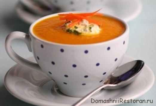 морковный суп пюре в бокале