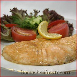 Жареная рыба под лимонным соусом