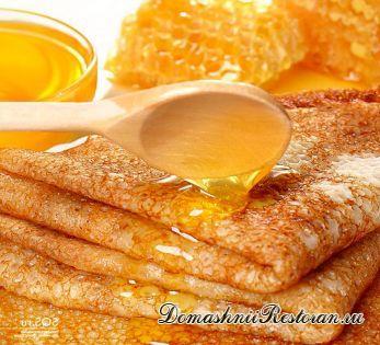 Блинчики с медово-абрикосовым кремом