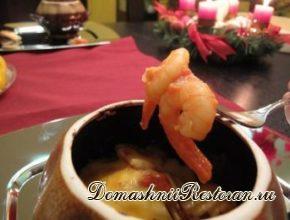 Креветки в пикантном томатном соусе