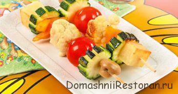 Овощной шашлык из цветной капусты с салом