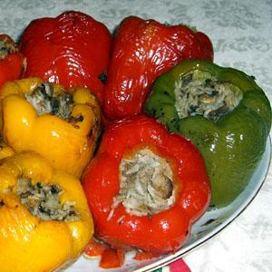 Сладкий перец, фаршированный сардинами