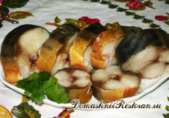 """Домашняя """"копченая"""" рыба с чайной заваркой и луковой шелухой"""