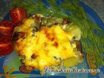 Картофель с грибами под соусом Бешамель