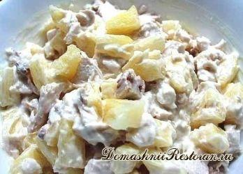 Худей вкусно: Куриный салат с ананасом