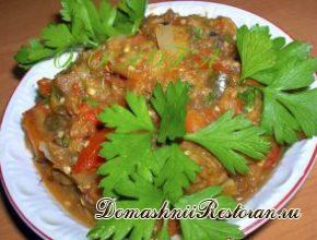 Лютика –болгарская закуска из перца и баклажанов