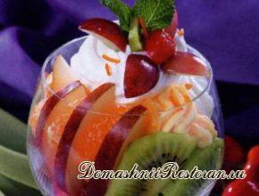 Салат из абрикосов