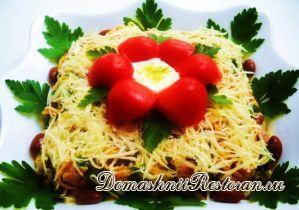 Салат из красной фасоли и маринованных грибов