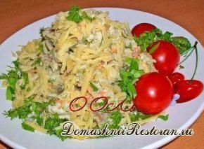 Салат из запеченной или жареной рыбы