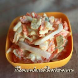 Салат морковный с кальмарами