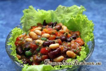 Салат овощной с вареными бобами