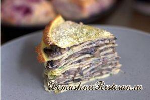 Закусочный грибной торт из блинов