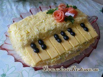 "Салат ""Белый Рояль"". 2 рецепта"