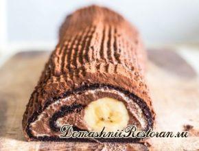 Бананово-шоколадный рулет