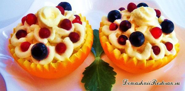 Десерт в апельсине