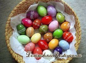 Красим яйца на Пасху и Троицу