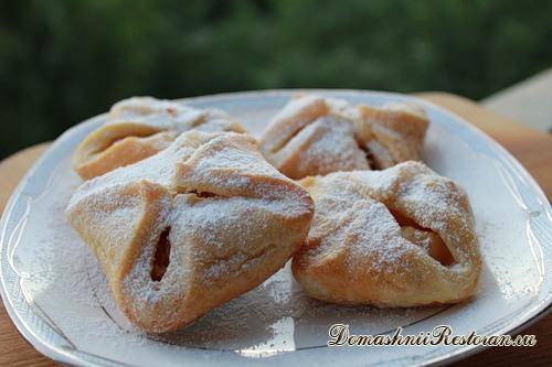 Пирожки с яблоками печеные в духовке