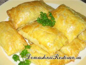 Пирожки слоеные с мясом по-русски