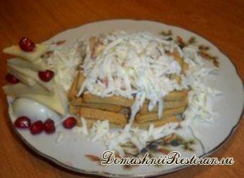 """Новогодний салат """"Зимний колодец"""""""