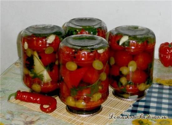 Заготовки на зиму: консервированные помидоры с виноградом