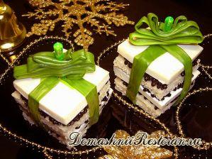 Канапе на шпажках «Новогодние подарки»