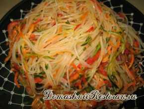 салат с фунчозой по китайски