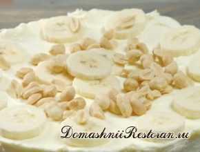 Творожная запеканка с персиками/бананами в сметанной заливке