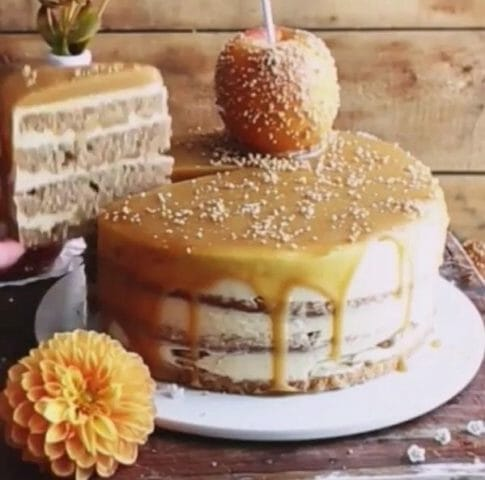 Карамельно-Яблочный Торт