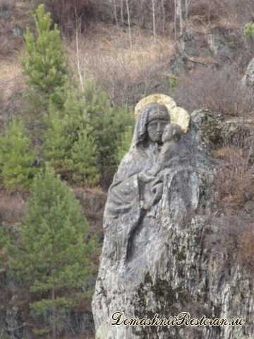 Наскальная икона на острове Патмос, село Чемал