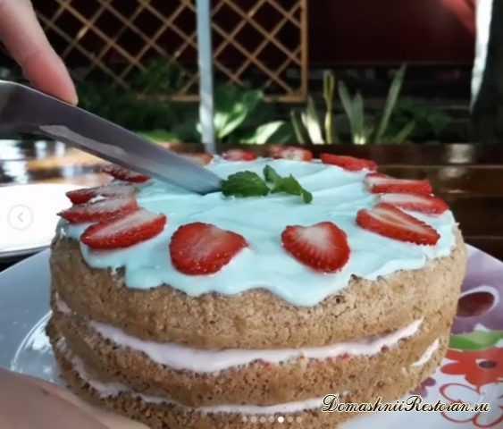 Торт клубнично-банановый 🍓 Просто ТАЕТ ВО РТУ