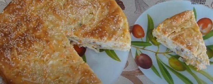 Наливной пирог с капустой и рыбными консервами