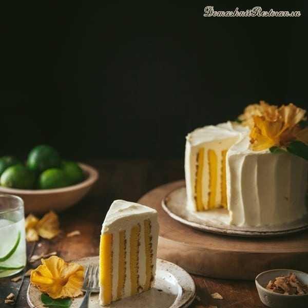 Вертикальный кокосовый торт с муссом из манго